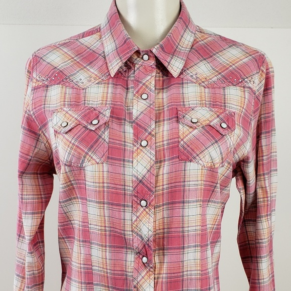 30e3b7e25 Cumberland Outfitters Tops   Top Size Large Pink Plaid   Poshmark